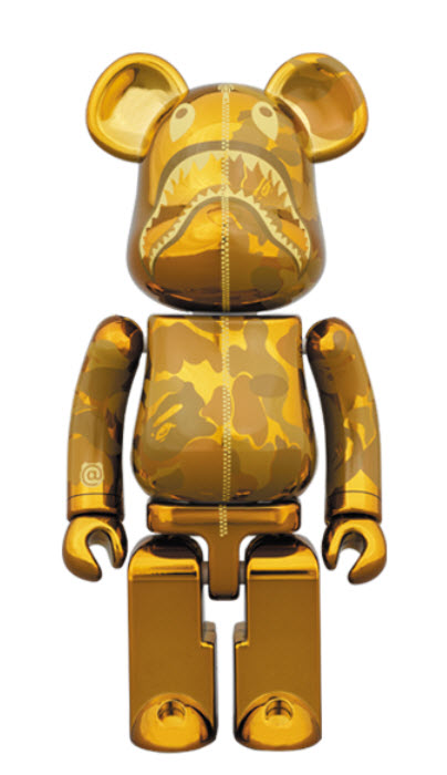 Bearbrick Chogokin [Camo Shark - Gold] (200%)